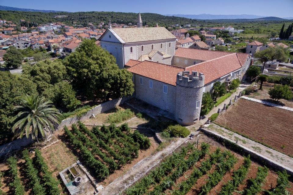 dominikanski-samostan-13