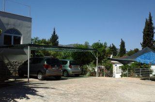 Parkiralište - Mira Peric