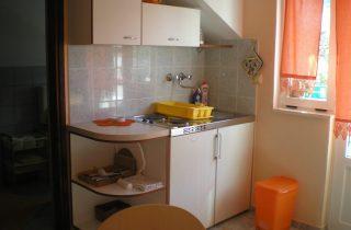 apartmani 015 - afaros@apartman-faros.hr