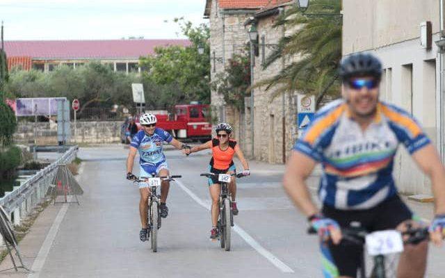 biciklom-kroz-bastinu